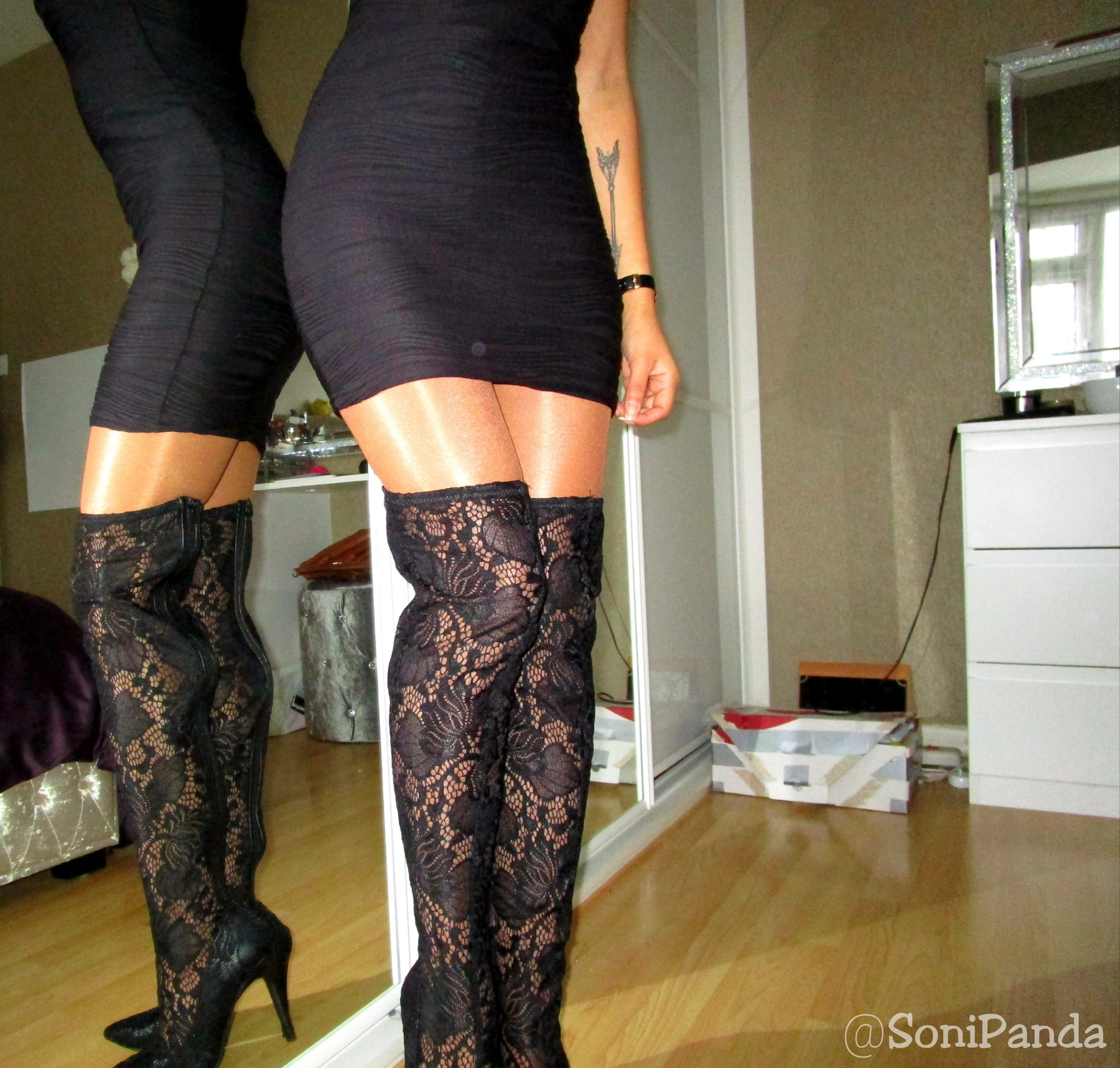 96a6bf2013b Yuelie High Gloss Tights – sonipandablog